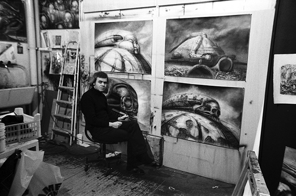 H. R. Giger works on Baron Harkonnen's fortress.